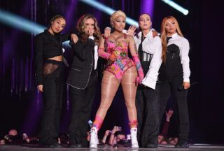 BILBAO, SPAIN - NOVEMBER 04: Leigh-Anne Pinnock, Jade Thirlwall, Perrie Edwards and Jesy Nelson of Little Mix perform on stage with Nicki Minaj (C) during the MTV EMAs 2018 on November 4, 2018 in Bilbao, Spain. (Photo by Jeff Kravitz/FilmMagic)