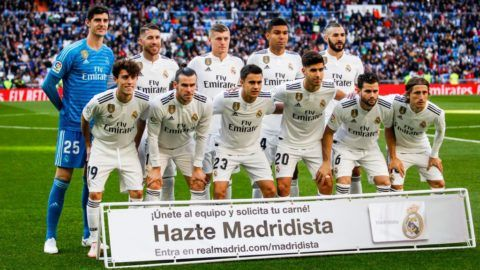 MADRID, SPAIN - NOVEMBER 3: teamphoto of Real Madrid Thibaut Courtois of Real Madrid, Sergio Ramos of Real Madrid, Toni Kroos of Real Madrid, Casemiro of Real Madrid, Karim Benzema of Real Madrid, Alvaro Odriozola of Real Madrid, Gareth Bale of Real Madrid, Sergio Reguilon of Real Madrid, Marco Asensio of Real Madrid, Nacho of Real Madrid, Luka Modric of Real Madrid during the La Liga Santander  match between Real Madrid v Real Valladolid at the Santiago Bernabeu on November 3, 2018 in Madrid Spain (Photo by David S. Bustamante/Soccrates/Getty Images)
