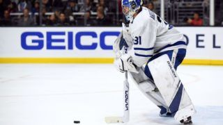 LOS ANGELES, CA - NOVEMBER 13:  Frederik Andersen #31 of the Toronto Maple Leafs plays the puck during a 5-1 win over the Los Angeles Kings at Staples Center on November 13, 2018 in Los Angeles, California.  (Photo by Harry How/Getty Images)