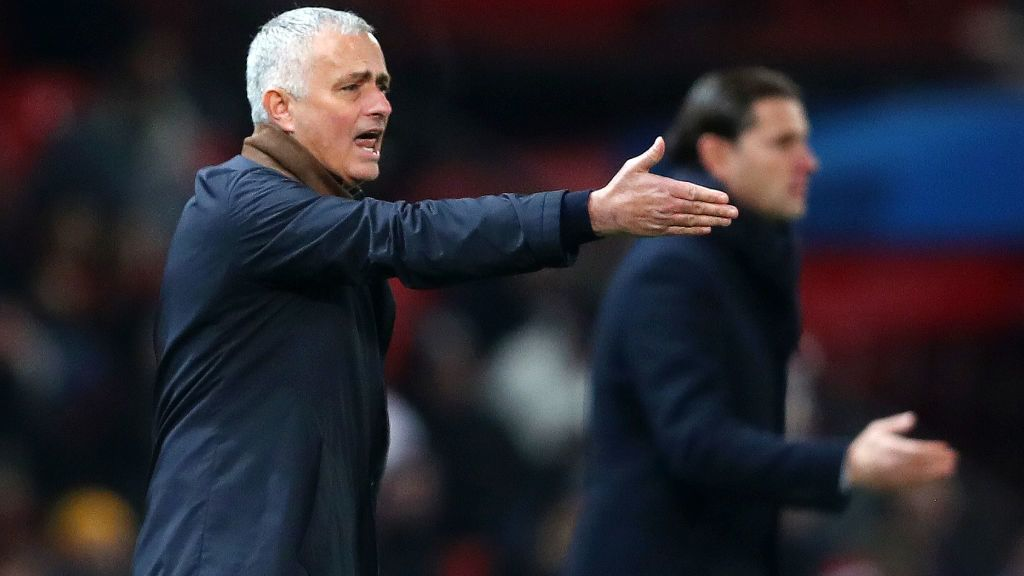 MANCHESTER, ENGLAND - NOVEMBER 27:  Jose Mourinho, Manager of Manchester United reacts during the UEFA Champions League Group H match between Manchester United and BSC Young Boys at Old Trafford on November 27, 2018 in Manchester, United Kingdom.  (Photo by Clive Brunskill/Getty Images)