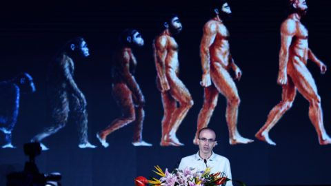Israeli historian and author Yuval Noah Harari delivers a speech during a global artificial intelligence summit forum in Hangzhou city, east China's Zhejiang province, 9 July 2017.Israeli historian and author Yuval Noah Harari attended a global artificial intelligence summit forum in Hangzhou, capital of east China's Zhejiang province, 9 July 2017. About 2,500 experts, scholars and entrepreneurs from home and abroad participated in the forum.
