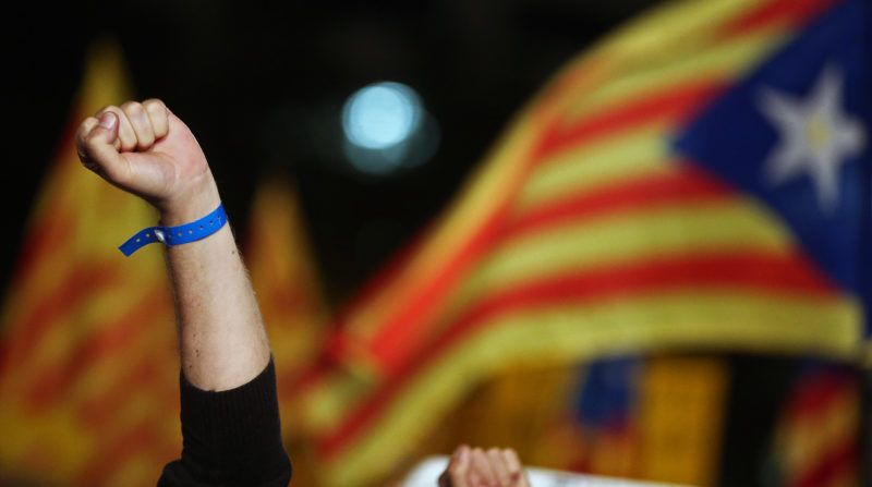 Demonstration to commemorate the first year of imprisonment of politicians Jordi Sanchez, President of the Catalan National Assembly, and Jordi Ciuxart, President of Omnium Cultural, on 16th October 2018, in Barcelona, Spain.    -- (Photo by Urbanandsport/NurPhoto)