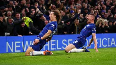 LONDON, ENGLAND - DECEMBER 08:  David Luiz of Chelsea celebrates after scoring his team's second goal with Ross Barkley during the Premier League match between Chelsea FC and Manchester City at Stamford Bridge on December 8, 2018 in London, United Kingdom.  (Photo by Clive Rose/Getty Images)