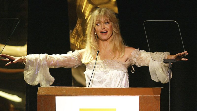 BEVERLY HILLS, CA - OCTOBER 20:  Actress Goldie Hawn receives The Outstanding Achievement Award for Acting at the Hollywood Awards Gala Ceremony at the Beverly Hilton Hotel on October 20, 2003 in Beverly Hills, California. (Photo by Kevin Winter/Getty Images)