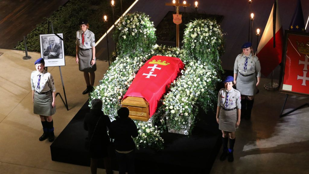 Mayor Pawel Adamowicz coffin lying in state in the European Solidarity Centre (ECS)  building is seen in Gdansk, Poland on 17 January 2019  Mayor Pawel Adamowicz was stabbed at the charity event on Sunday January the 13th (Photo by Michal Fludra/NurPhoto)