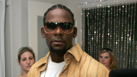 R. Kelly at Sunglass Hut during 2005 MTV VMA - Sunglass Hut Suite - Day 2 at Sagmore Hotel in Miami, Florida, United States. (Photo by Marc Andrew Deley/FilmMagic for Ogilvy Public Relations)