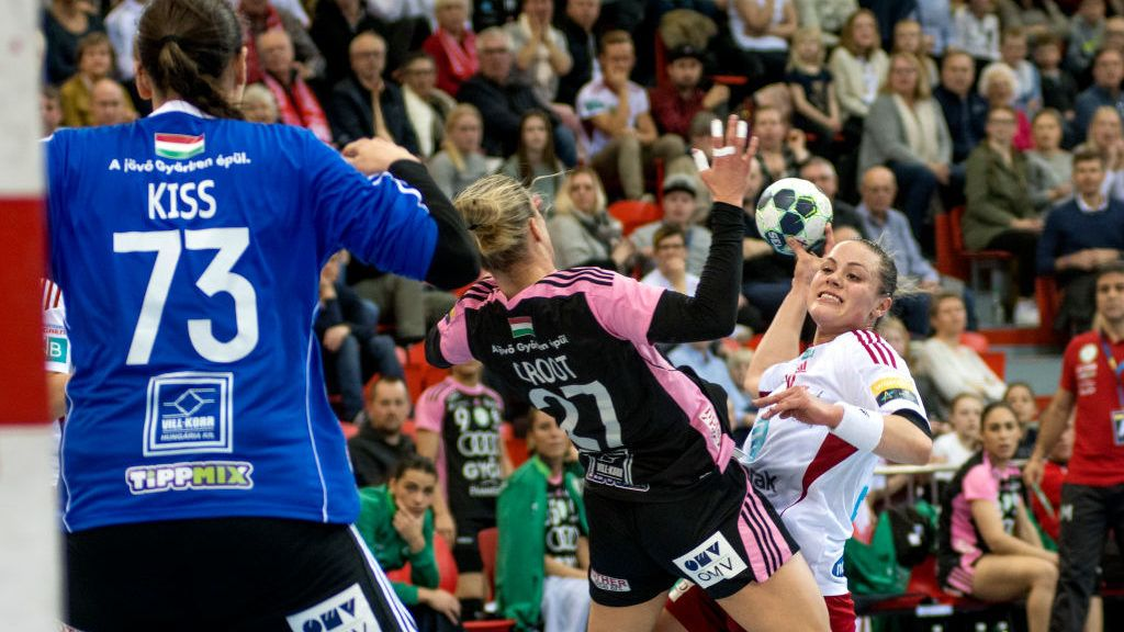 LARVIK, NORWAY - MARCH 12:  Thea Moerk (19) shots past Cornelia Nycke Groot (27) in the game between Larvik HK and Gyori Audi ETO KC on March 12, 2017 in Larvik, Norway.  (Photo by Kai-Otto Melau/Getty Images)