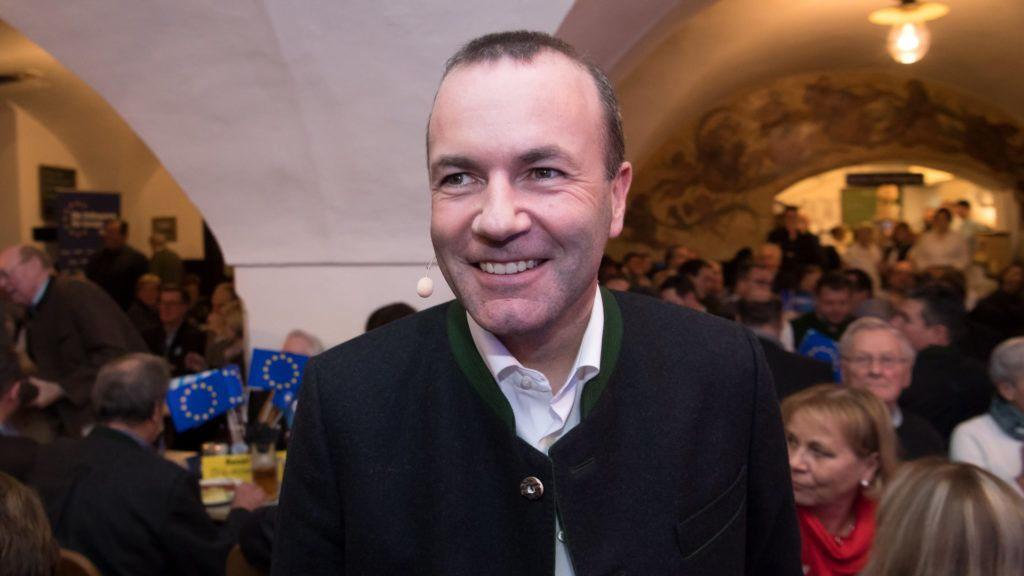 """04 February 2019, Bavaria, Tegernsee: Manfred Weber (CSU), common top candidate of CSU, CDU and EVP, takes part in an election campaign event of the CSU for the European elections. Weber starts his """"listening tour"""" through all of Europe in Bavaria. He wants to hear from people what they expect from Europe. Photo: Sven Hoppe/dpa"""