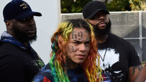 PHILADELPHIA, PA - SEPTEMBER 01:  Tekashi 6IX9INE performs at Made in America Music Festival on September 1, 2018 in Philadelphia, Pennsylvania.  (Photo by Arik McArthur/FilmMagic)