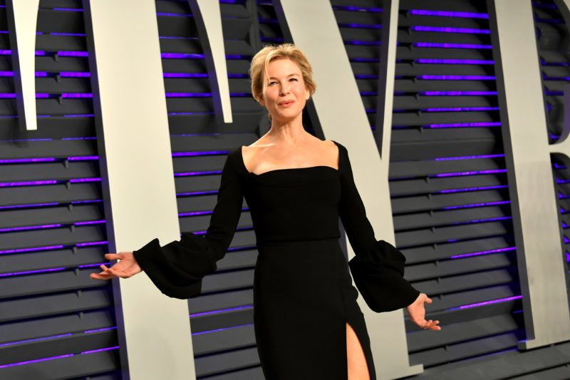 BEVERLY HILLS, CA - FEBRUARY 24:  Renée Zellweger attends the 2019 Vanity Fair Oscar Party hosted by Radhika Jones at Wallis Annenberg Center for the Performing Arts on February 24, 2019 in Beverly Hills, California.  (Photo by Mike Coppola/VF19/Getty Images for VF)