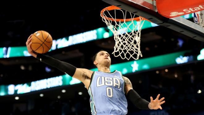 CHARLOTTE, NORTH CAROLINA - FEBRUARY 15: Kyle Kuzma #0 of the U.S. Team dunks during the 2019 Mtn Dew ICE Rising Stars at Spectrum Center on February 15, 2019 in Charlotte, North Carolina. (Photo by Streeter Lecka/Getty Images)