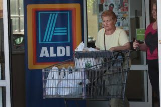 CHICAGO, IL - JUNE 12: Customers shop at an Aldi grocery store on June 12, 2017 in Chicago, Illinois. Aldi has announced plans to open 900 new stores in the United States in the next five years. The $3.4 billion capital investment would create 25,000 jobs and make the grocery chain the third largest in the nation behind Wal-Mart and Kroger.   Scott Olson/Getty Images/AFP