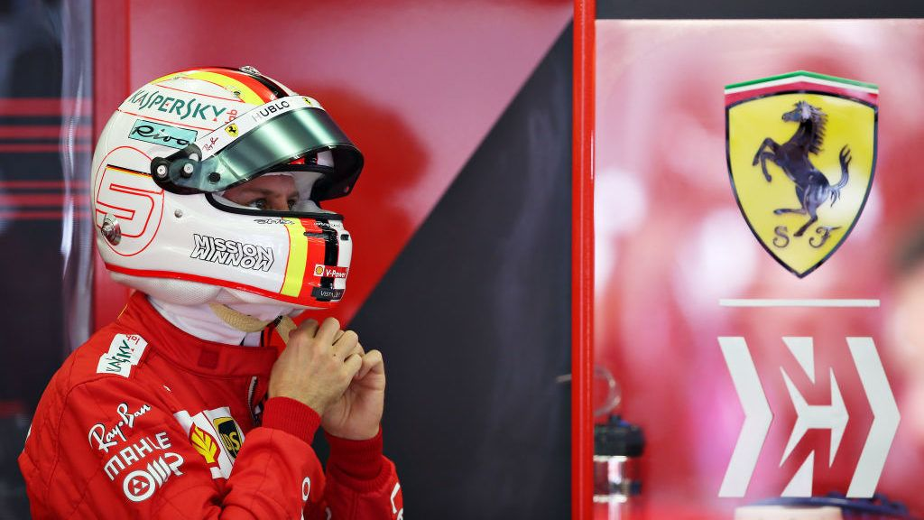 BAHRAIN, BAHRAIN - MARCH 29: Sebastian Vettel of Germany and Ferrari prepares to drive in the garage during practice for the F1 Grand Prix of Bahrain at Bahrain International Circuit on March 29, 2019 in Bahrain, Bahrain. (Photo by Charles Coates/Getty Images)