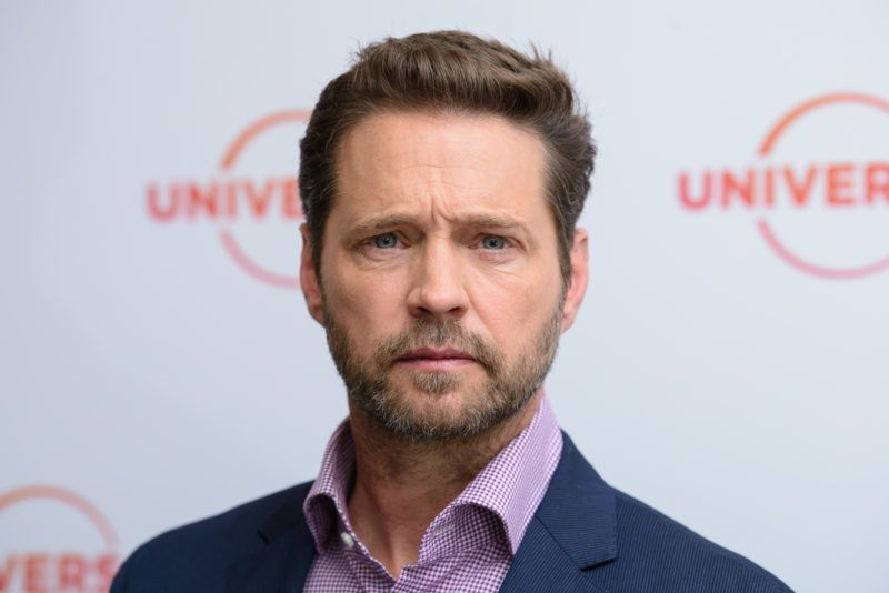 LONDON, ENGLAND - MAY 31: Jason Priestley during the 'Private Eyes' photocall at The Soho Hotel on May 31, 2018 in London, England. (Photo by Joe Maher/Getty Images)