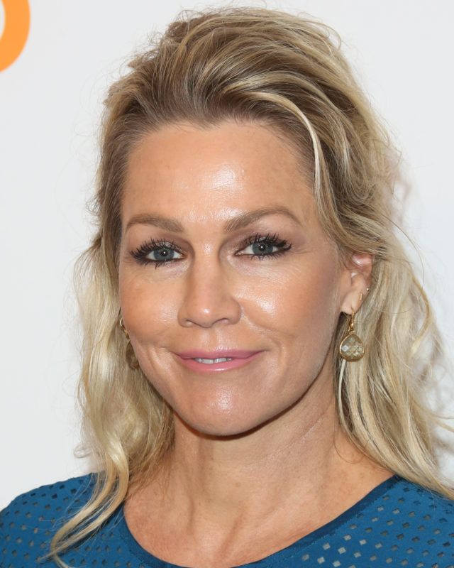 BEVERLY HILLS, CA - JUNE 01:  Actress Jennie Garth attends Step Up's 14th Annual Inspiration Awards at the Beverly Wilshire Four Seasons Hotel on June 1, 2018 in Beverly Hills, California.  (Photo by Paul Archuleta/FilmMagic)