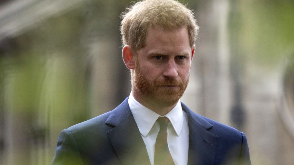 Britain's Prince Harry, Duke of Sussex views the garden in the Guildhall Yard, which illustrates the difficulties faced by veterans suffering with physical and emotional pain prior to attending the twelfth annual Lord Mayor's Big Curry Lunch, hosted by Lord Mayor of the City of London, Peter Estlin at The Guildhall in London on April 4, 2019. - The annual event is held in aid of the three National Service Charities: ABF The Soldiers' Charity, the Royal Navy and Royal Marines Charity and the Royal Air Force Benevolent Fund. (Photo by Geoff PUGH / POOL / AFP)