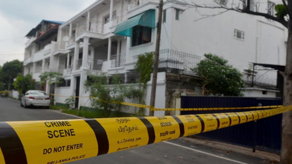 This picture taken on April 28, 2019 shows a general viw of the house where occurred a raid launched by Sri Lankan security forces in Colombo, after a suicide blast happened on April 21. - The two brothers zoomed around the Sri Lankan capital in flashy cars and pursued thriving careers, now their neighbours are struggling to understand how the pair turned to radical Islam and became suicide bombers. (Photo by ISHARA S.  KODIKARA / AFP) / To go with 'SRI LANKA-ATTACKS-BROTHERS-RADICALISM-ISLAM' by Ammu Kannampilly