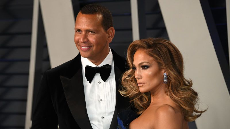 BEVERLY HILLS, CALIFORNIA - FEBRUARY 24: Jennifer Lopez and  Alexander Rodriguez attend 2019 Vanity Fair Oscar Party Hosted By Radhika Jones   at Wallis Annenberg Center for the Performing Arts on February 24, 2019 in Beverly Hills, California. (Photo by Daniele Venturelli/WireImage)