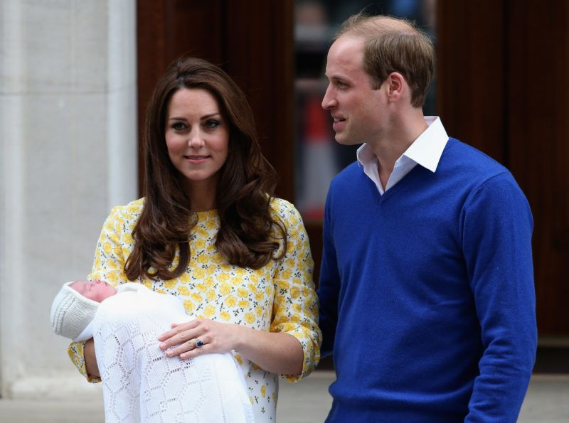 LONDON, ENGLAND - MAY 02:  Catherine, Duchess of Cambridge and Prince William, Duke of Cambridge depart the Lindo Wing with their newborn daughter at St Mary's Hospital on May 2, 2015 in London, England. The Duchess was safely delivered of a daughter at 8:34am this morning, weighing 8lbs 3 oz who will be fourth in line to the throne.  (Photo by Chris Jackson/Getty Images)