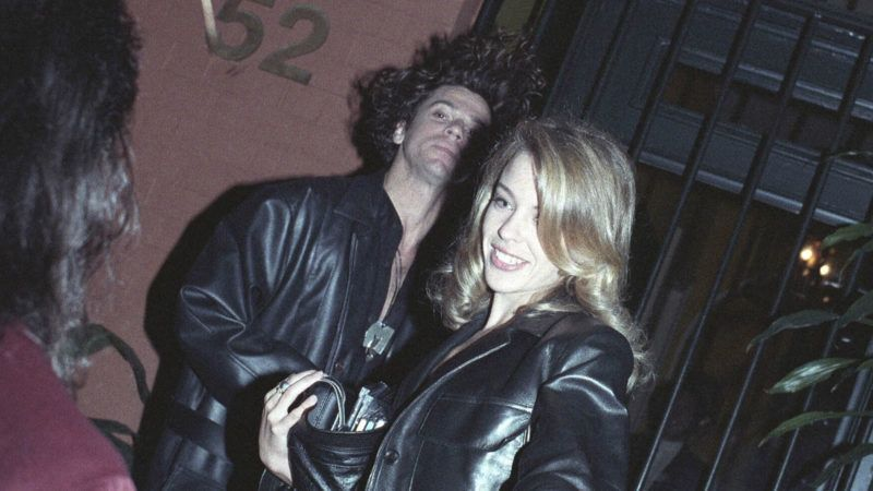 SYDNEY : KYLIE MINOGUE & MICHAEL HUTCHENCE IN SYDNEY.(Photo by Patrick Riviere/Getty Images)