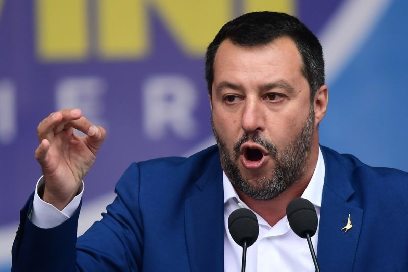 Italian Deputy Prime Minister and Interior Minister Matteo Salvini (C) delivers a speech during a rally of European nationalists ahead of European elections on May 18, 2019, in Milan. - The Milan rally hopes to see leaders of 12 far-right parties marching towards their conquest of Brussels after European parliamentary elections held between May 23 and 26, 2019. The headliners of Italy's League France's National Rally (RN) want their Europe of Nations and Freedom (ENF) group to become the third largest in Brussels. (Photo by Miguel MEDINA / AFP)