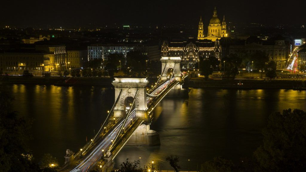 BUDAPEST, HUNGARY - OCTOBER 07: An aerial view of the Lanchid Bridge is seen during night sky in Budapest, Hungary on October 07, 2018. Halil Sagirkaya / Anadolu Agency