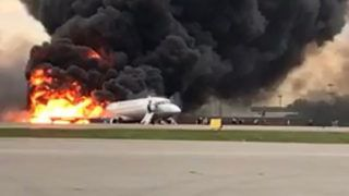 """This handout picture taken and realeased on May 5, 2019, by the Investigative Committee of Russia shows a fire of a Russian-made Superjet-100 at Sheremetyevo airport outside Moscow. - The Interfax agency reported that the plane, a Russian-made Superjet-100, had just taken off from Sheremetyevo airport on a domestic route when the crew issued a distress signal. At least one person died according to Russian agencies. (Photo by HO / RUSSIAN INVESTIGATIVE COMMITTEE / AFP) / RESTRICTED TO EDITORIAL USE - MANDATORY CREDIT """"AFP PHOTO / RUSSIAN INVESTIGATIVE COMMITTEE"""" - NO MARKETING NO ADVERTISING CAMPAIGNS - DISTRIBUTED AS A SERVICE TO CLIENTS"""