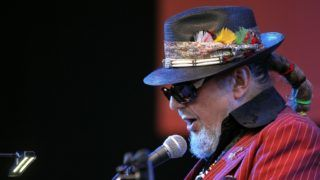 US singer and musician Dr John performs on the stage of the Nice's Jazz Festival on July 10, 2012 in Nice, southern France.   AFP PHOTO / VALERY HACHE (Photo by VALERY HACHE / AFP)