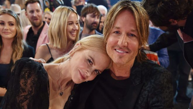 LAS VEGAS, NEVADA - APRIL 07: (L-R) Nicole Kidman and Keith Urban attend the 54th Academy Of Country Music Awards at MGM Grand Garden Arena on April 07, 2019 in Las Vegas, Nevada. (Photo by John Shearer/ACMA2019/Getty Images for ACM)