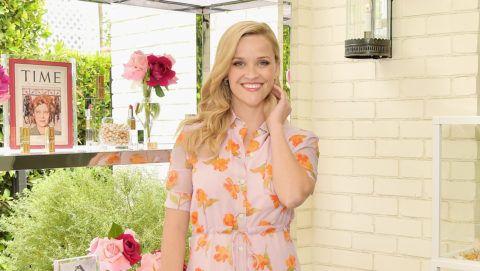 BEVERLY HILLS, CA - MAY 15:  Reese Witherspoon hosts the Elizabeth Arden Garden Party at Private Residence on May 15, 2019 in Beverly Hills, California.  (Photo by Stefanie Keenan/Getty Images for Elizabeth Arden)