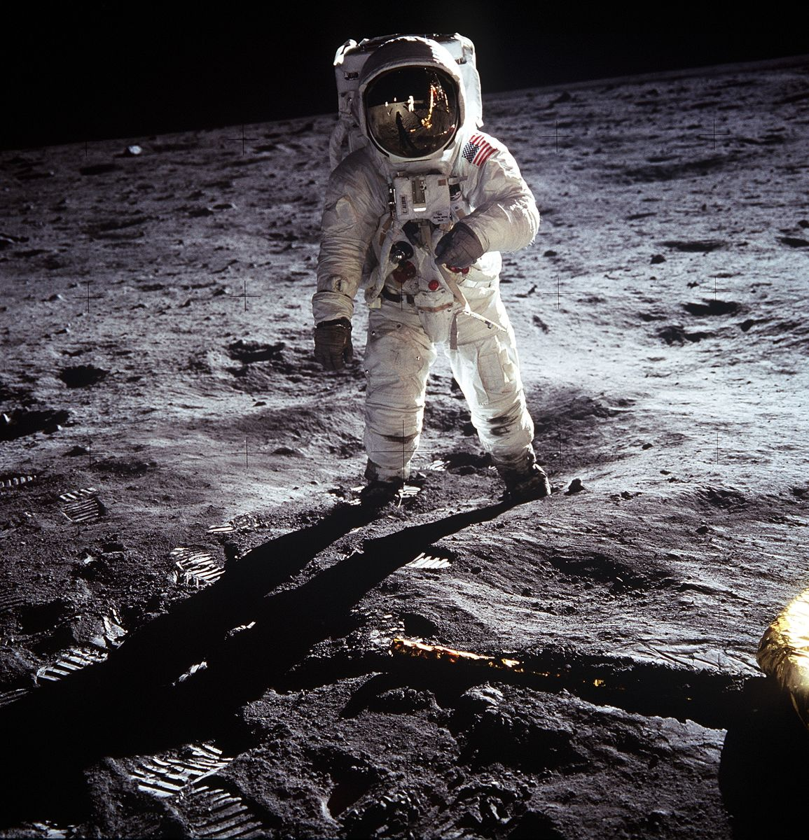 376713 05: (FILE PHOTO) Astronaut Edwin E. Aldrin Jr. walks near the Lunar Module during the Apollo 11 extravehicular activity July 20, 1969 on the Moon. The 30th anniversary of the Apollo 11 Moon mission is celebrated July 20, 1999. (Photo by NASA/Newsmakers)