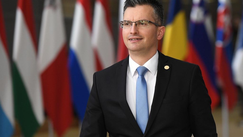 Slovenia's Prime Minister Marjan Sarec arrives for a European Union (EU) summit at EU Headquarters in Brussels on May 28, 2019. (Photo by EMMANUEL DUNAND / AFP)