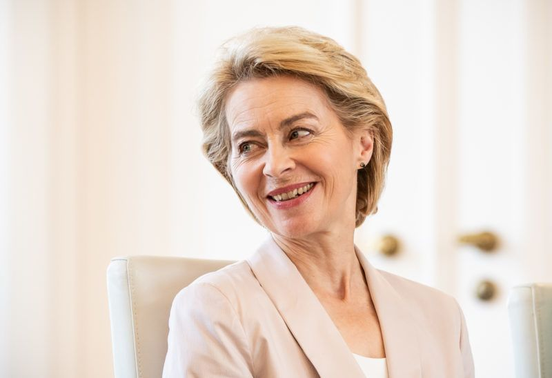 17 July 2019, Berlin: Ursula von der Leyen (CDU), outgoing Minister of Defence and newly elected President of the EU Commission, laughs at the ceremony marking the handing over of the release and appointment certificates of the Defence Ministers. Photo: Michael Kappeler/dpa
