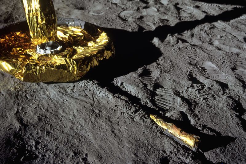 Gold foil covers the pad at the end of a leg on the Eagle, the lunar module that was the first manned spacecraft to land on the Moon. (Photo by © Corbis/Corbis via Getty Images)