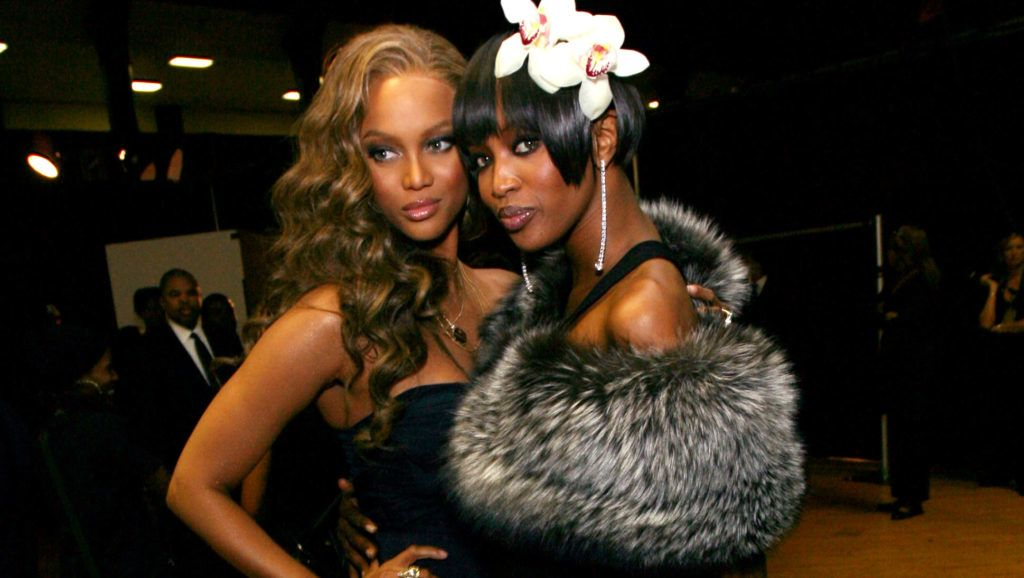 LOS ANGELES, CA - MARCH 02:   Models Tyra Banks and Naomi Campbell pose backstage during the 38th annual NAACP Image Awards held at the Shrine Auditorium on March 2, 2007 in Los Angeles, California.   (Photo by Michael Buckner/Getty Images for NAACP)