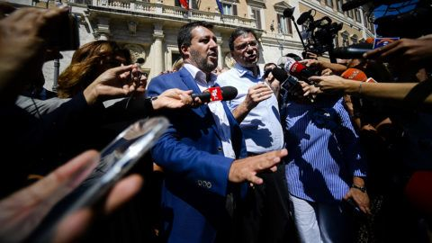 Italian Deputy-Premier and Interior Minister, Matteo Salvini (C), arrives for a meeting at Montecitorio, the Italian Parliament, on August 21, 2019 in Rome. - Italian President Sergio Mattarella begins talks with key political leaders on August 21, 2019 to see if a new coalition can be formed, as a proposed alliance between the anti-establishment Five Star Movement and opposition centre-left Democratic Party appeared to gain traction. (Photo by Filippo MONTEFORTE / AFP)