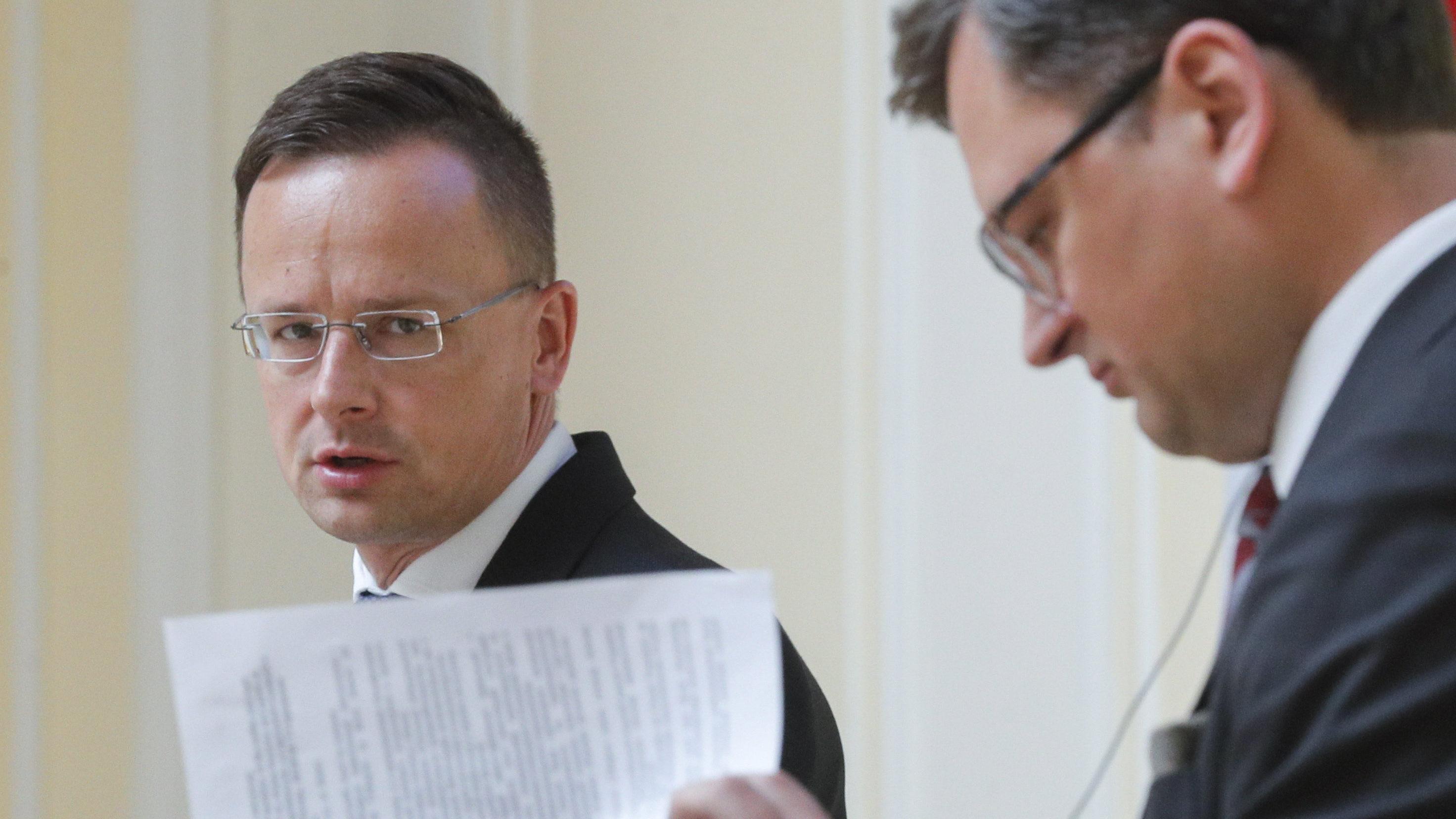 Szijjártó Péter Dmitro Kuleba ukrán külügyminiszter sajtótájékoztatója Kijevben június 25-én.