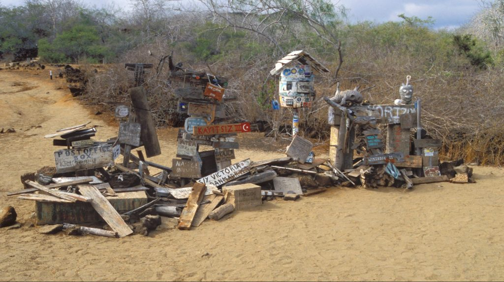 Mailbox of the Post on Floréana island Galapagos. Tourists deposit postcards to the world. Biosphoto / Yves Vallier