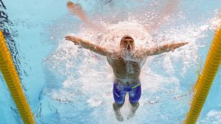 A picture taken with an underwater camera shows Hungary's David Horvath competing in a preliminary heat of the men's 50m breaststroke swimming event at the 2015 FINA World Championships in Kazan on August 4, 2015. AFP PHOTO / FRANCOIS XAVIER MARIT / AFP PHOTO / FRANCOIS XAVIER MARIT