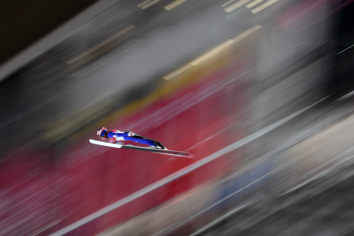 Finland's Antti Aalto competes in the men's normal hill individual ski jumping event during the Pyeongchang 2018 Winter Olympic Games on February 10, 2018, in Pyeongchang. / AFP PHOTO / Jonathan NACKSTRAND