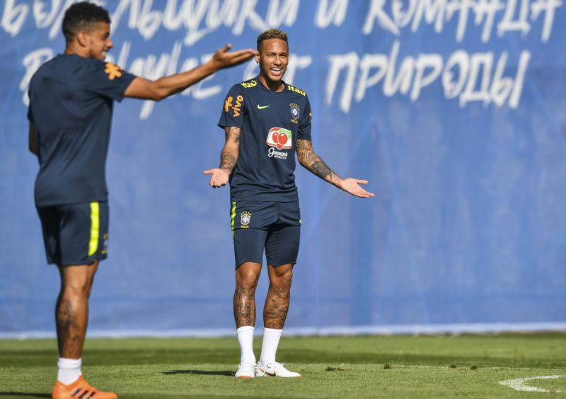 Brazil's forward Neymar takes part in a training session at the Yug Sport Stadium, in Sochi, on June 24, 2018, during the Russia 2018 FIFA World Cup football tournament. / AFP PHOTO / Nelson Almeida