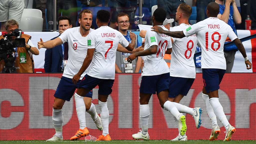 England's forward Harry Kane (L) celebrates his goal during the Russia 2018 World Cup Group G football match between England and Panama at the Nizhny Novgorod Stadium in Nizhny Novgorod on June 24, 2018. / AFP PHOTO / Dimitar DILKOFF / RESTRICTED TO EDITORIAL USE - NO MOBILE PUSH ALERTS/DOWNLOADS