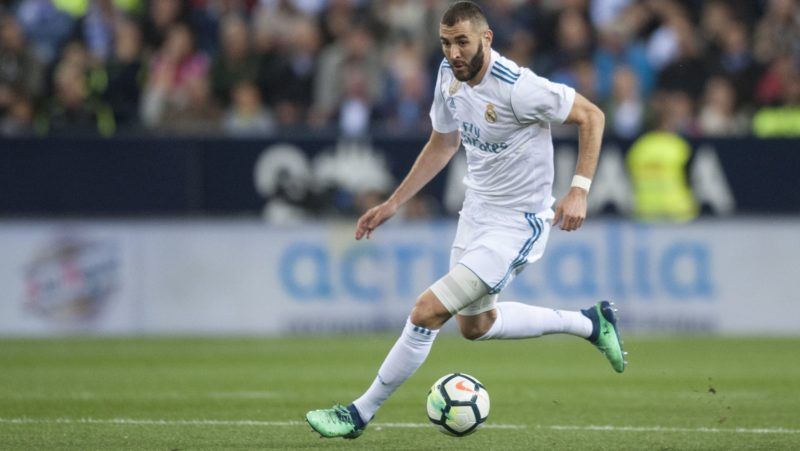 Benzema controls the ball during the match between Malaga CF against Real Madrid, week 32 of La Liga 2017/18 in Rosaleda stadium, Malaga, SPAIN - 15th April of 2018. (Photo by Jose Breton/NurPhoto)