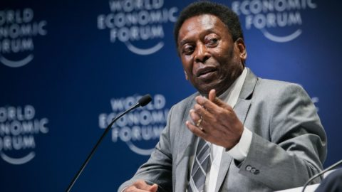 "Handout picture released by WEF showing Brazilian football legend Pele speaking during the opening plenary at the World Economic Forum on Latin America 2018 in Sao Paulo, Brazil, on March 14, 2018. / AFP PHOTO / World Economic Forum (WEF) / Benedikt VON LOEBELL / RESTRICTED TO EDITORIAL USE - MANDATORY CREDIT ""AFP PHOTO / WORLD ECONOMIC FORUM / BENEDIKT VON LOEBELL"" - NO MARKETING NO ADVERTISING CAMPAIGNS - DISTRIBUTED AS A SERVICE TO CLIENTS"