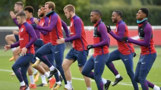 England's Harry Kane, (CL), England's Eric Dier (CR) and teammates train during a national football team training session at the Tottenham Hotspur Training Ground in Enfield, north London on October 4, 2017.  / AFP PHOTO / OLLY GREENWOOD