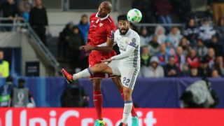 Steven N'Zonzi and Isco during the UEFA Super Cup match between Real Madrid and Sevilla FC at the Lerkendal Stadion in Trondheim, Norway on August 09, 2016.  (Photo by Raddad Jebarah/NurPhoto)