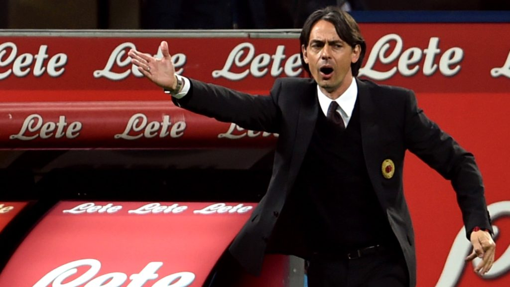 AC Milan's coach Filippo Inzaghi gestures during the Italian Serie A football match Inter Milan vs AC Milan at the San Siro Stadium in Milan on April 19, 2015. AFP PHOTO / GIUSEPPE CACACE / AFP PHOTO / GIUSEPPE CACACE