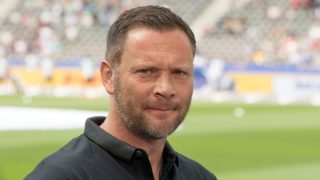 12 May 2018, Germany, Berlin: Soccer: Bundesliga, Hertha BSC vs RB Leipzig, in the Olympic stadium. Hertha head coach Pal Dardai. Photo: Soeren Stache/dpa - IMPORTANT NOTICE: Due to the German Football League·s (DFL) accreditation regulations, publication and redistribution online and in online media is limited during the match to fifteen images per match