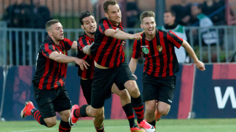 BUDAPEST, HUNGARY - MAY 27: Marton Eppel (R2) of Budapest Honved celebrates his goal with Davide Lanzafame (L2) of Budapest Honved, Donat Zsoter (L) of Budapest Honved and Mark Koszta (R) of Budapest Honved during the Hungarian OTP Bank Liga match between Budapest Honved and Videoton FC at Bozsik Stadium on May 27, 2017 in Budapest, Hungary. (Photo by Laszlo Szirtesi/Getty Images)