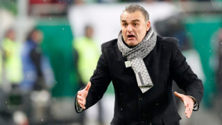 BUDAPEST, HUNGARY - MARCH 17: Head coach Attila Pinter of Puskas Akademia FC reacts during the Hungarian OTP Bank Liga match between Ferencvarosi TC and Puskas Akademia FC at Groupama Arena on March 17, 2018 in Budapest, Hungary. (Photo by Laszlo Szirtesi/Getty Images)
